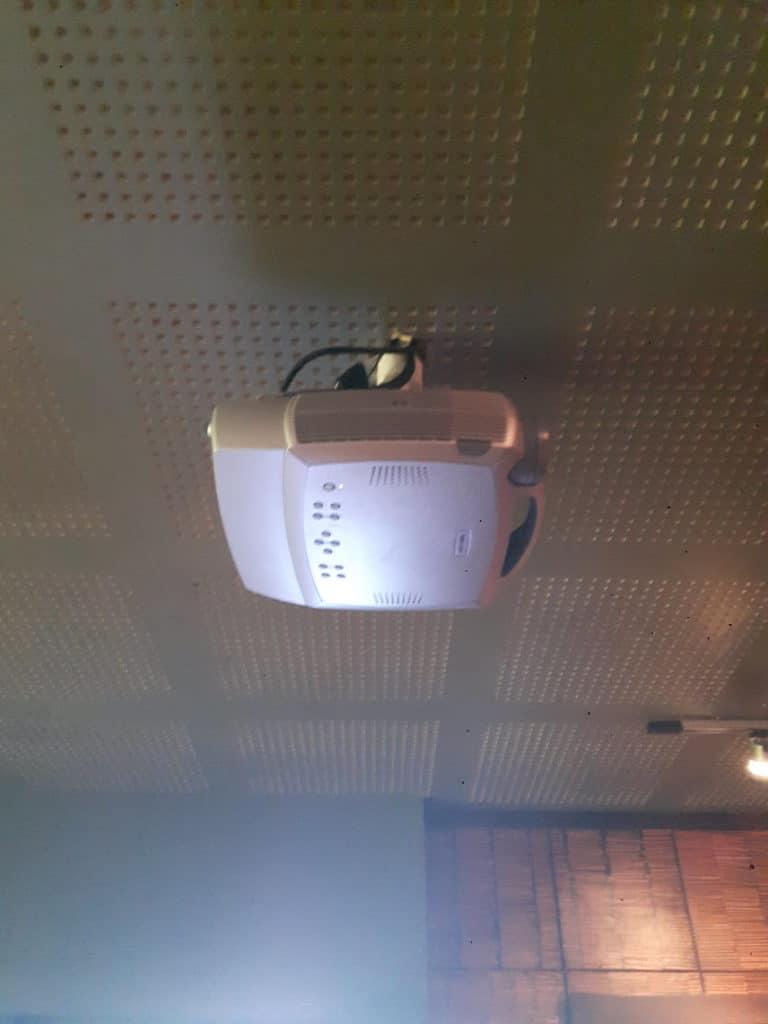 Infocus 2003 projector